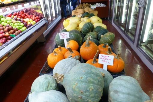 Lots of squash and pumpkins, P.Cooper photo